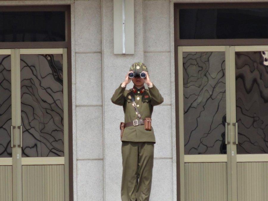 Į Šiaurės Korėją savaitgalį įžengęs lietuvis pasakoja apie požeminius tunelius Skorejos-karys-izimaicio-nuotr-61153457